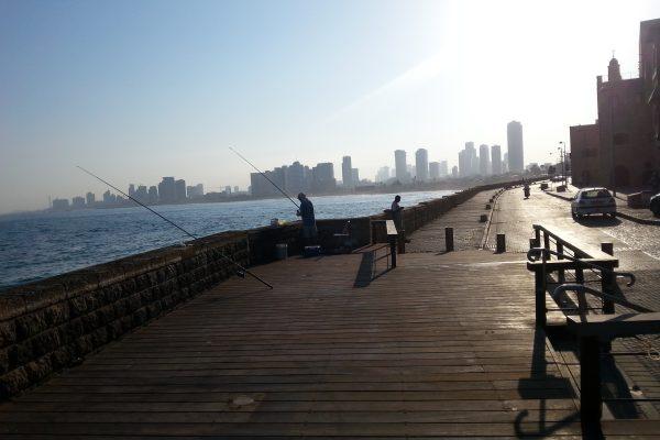 Tel Aviv, Shapira oraz Jaffa, raj i piekło w jednym mieście