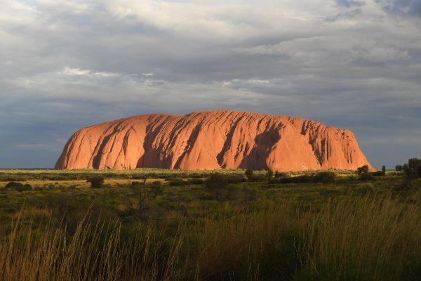 Na ścieżkach Australii: mistyczny czar Uluru i Kata Tjuta