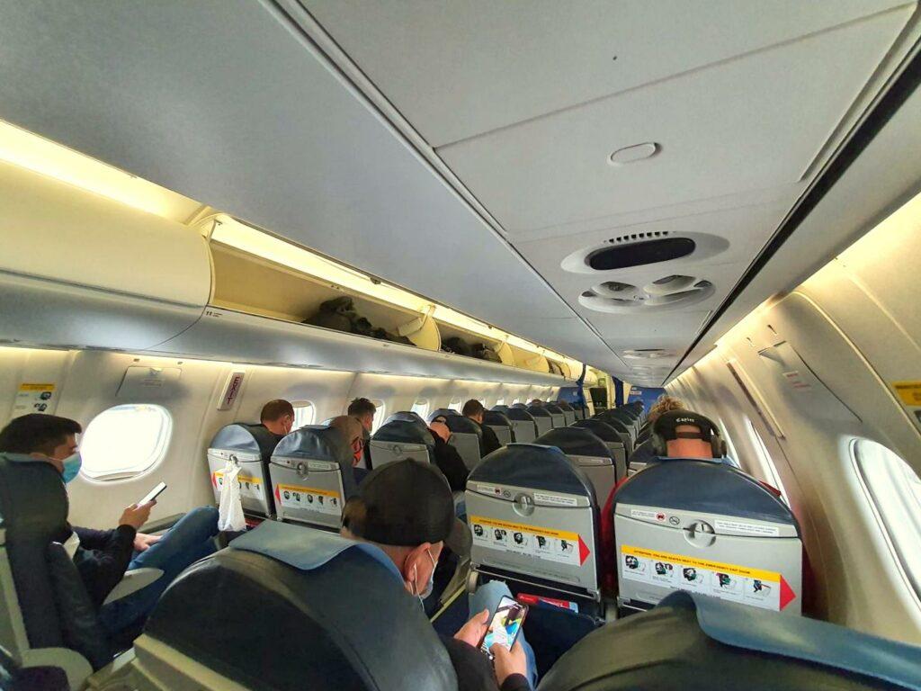 Podróżowanie samolotem w czasie pandemii