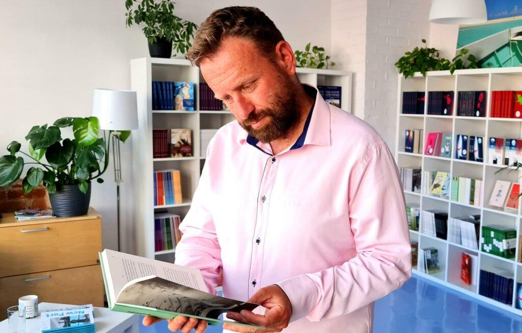 Marek Dąbrowski książki dobrych autorów